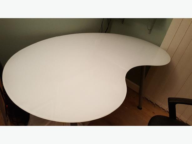 Ikea Frosted Glass Kidney Shape Office Table Bilston Wolverhampton