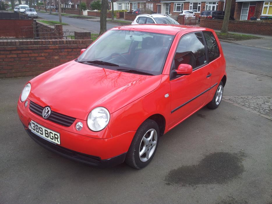 2001 vw lupo 1 0 red 12 months mot tipton wolverhampton. Black Bedroom Furniture Sets. Home Design Ideas