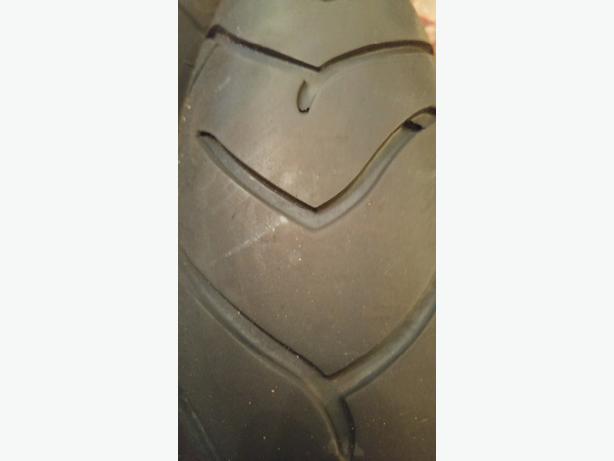 pair metzeler tyres