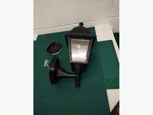 Black outdoor lantern style light