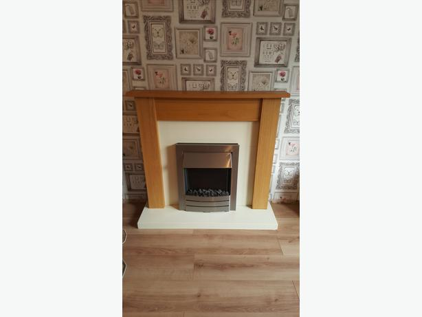 Fireplace Surround With Electric Fire 50ono Sedgley Walsall