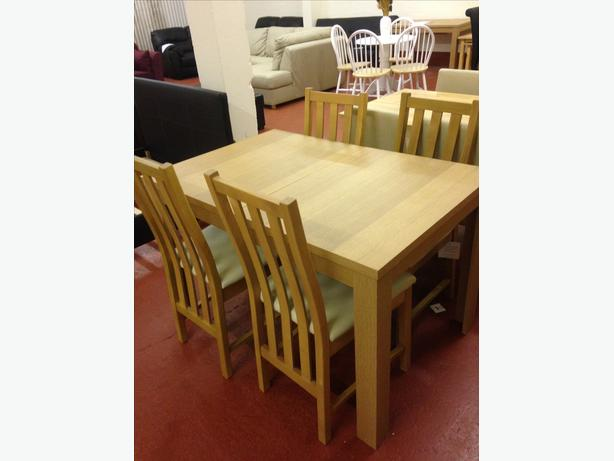 Adaline Oak Effect Extendable Dining Table And 4 Dining