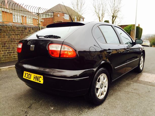 seat leon sport version reg 2001 low mileage dudley wolverhampton. Black Bedroom Furniture Sets. Home Design Ideas