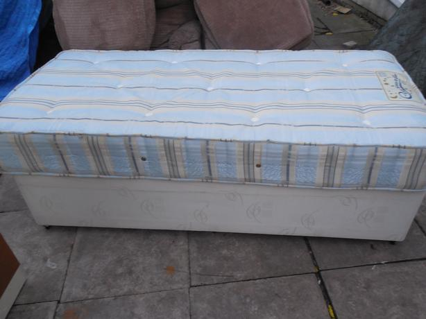 Single Divan Bed Orthopaedic Mattreee For Sale Dudley Wolverhampton