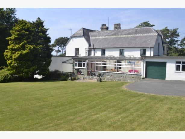 House with grounds at seaside Criccieth