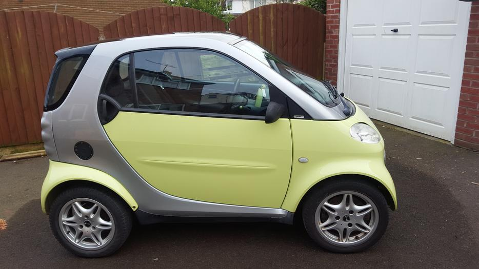 smart car 2 seater for sale brierley hill sandwell. Black Bedroom Furniture Sets. Home Design Ideas