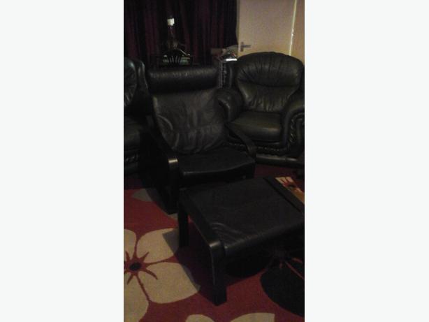 Black Ikea Chair Amp Foot Stool Leather Pong 163 40 Ono Oldbury