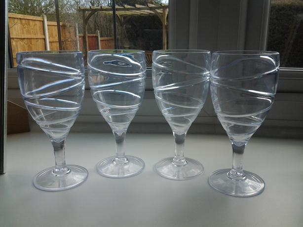 ACRYLIC WINE/TUMBLER GLASSES