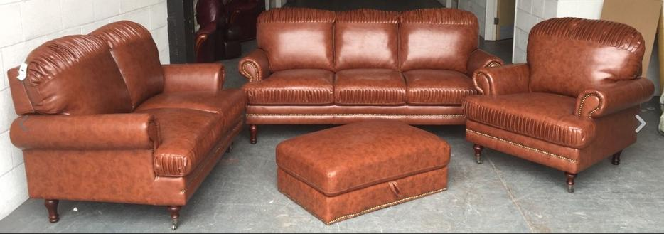 Ex Display Chesterfield Style Leather Look sofa set WE DELIVER UK WIDE Smethwick, Wolverhampton