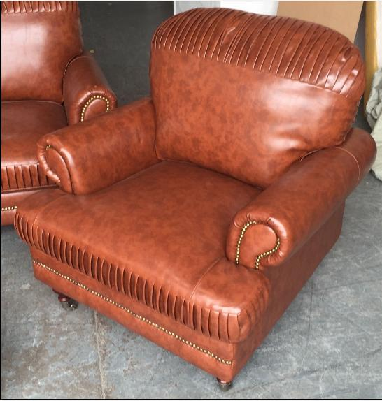Ex Display Chesterfield Style Leather Look sofa set WE DELIVER UK WIDE Smethwick, Dudley