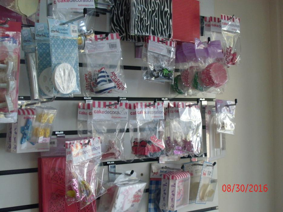 Cake Decorating Equipment Uk : Cake decorating supplies Wednesbury, Wolverhampton