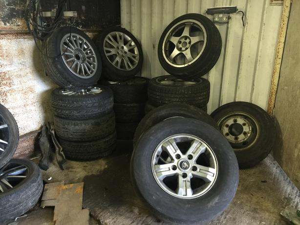 KIA SORENTO ALLOY WHEELS X 4 FULL SET