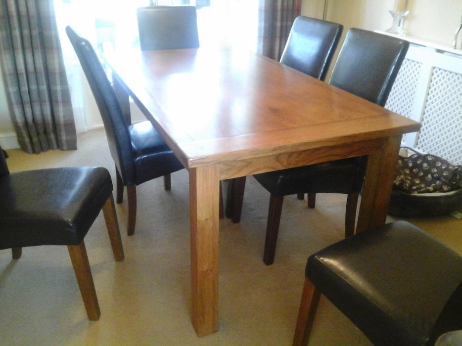 solid oak dining table and 6 chairs DUDLEY Wolverhampton : 105414531934 from www.usedwolverhampton.co.uk size 934 x 700 jpeg 65kB