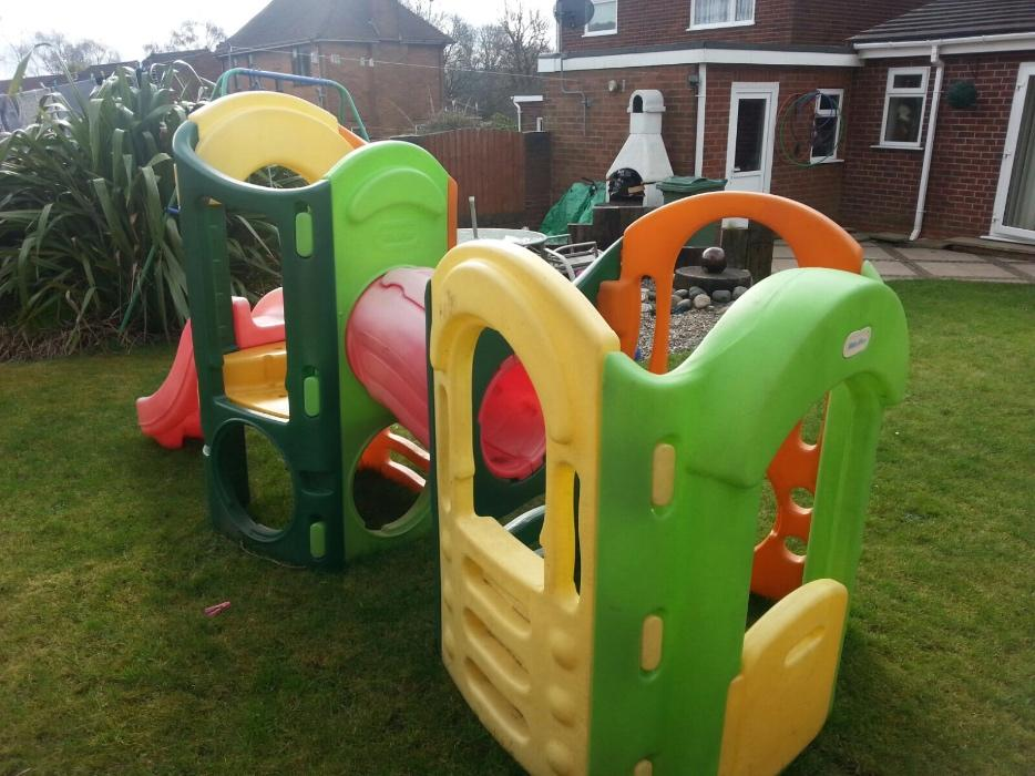 Little tikes 8 in 1 climbing frame dudley dudley for Little tikes 8 in 1