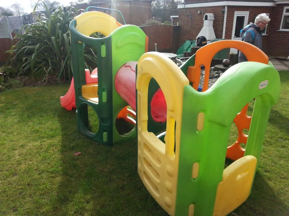 Little tikes 8 in 1 climbing frame dudley wolverhampton for Little tikes 8 in 1