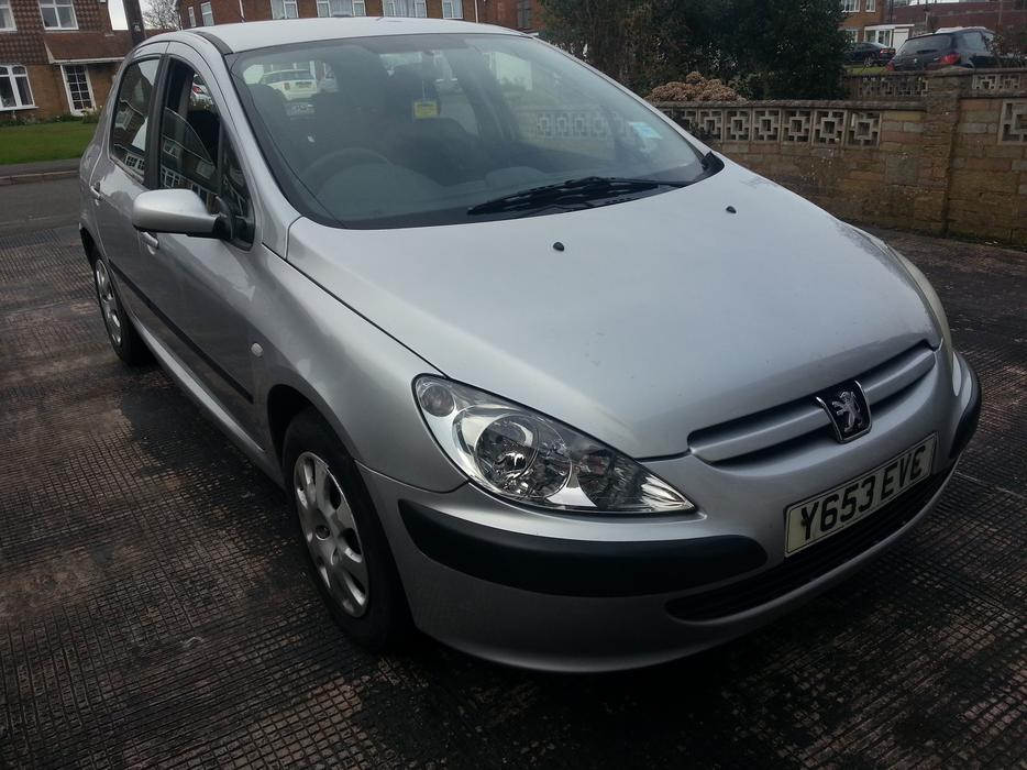 peugeot 307 2 0 hdi turbo diesel great runner wolverhampton wolverhampton. Black Bedroom Furniture Sets. Home Design Ideas