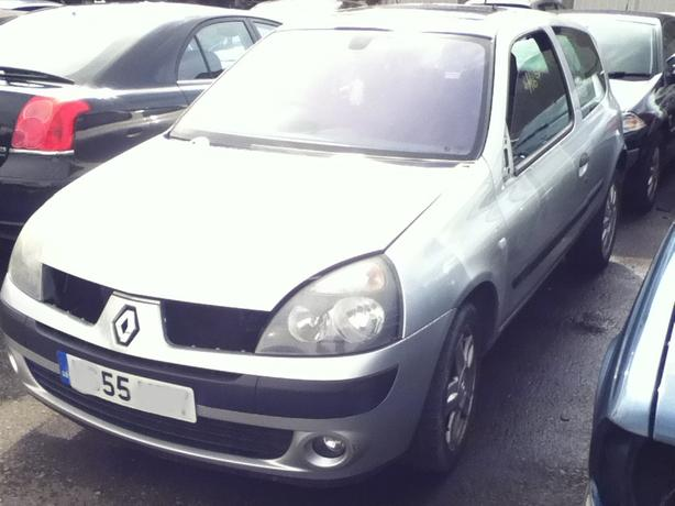 RENAULT CLIO MK2 PH2 BREAKING FOR SPARES 1.2 PETROL