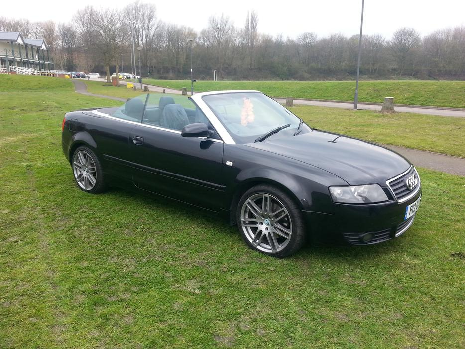 audi a4 convertible 2 5 tdi v6 sandwell wolverhampton. Black Bedroom Furniture Sets. Home Design Ideas