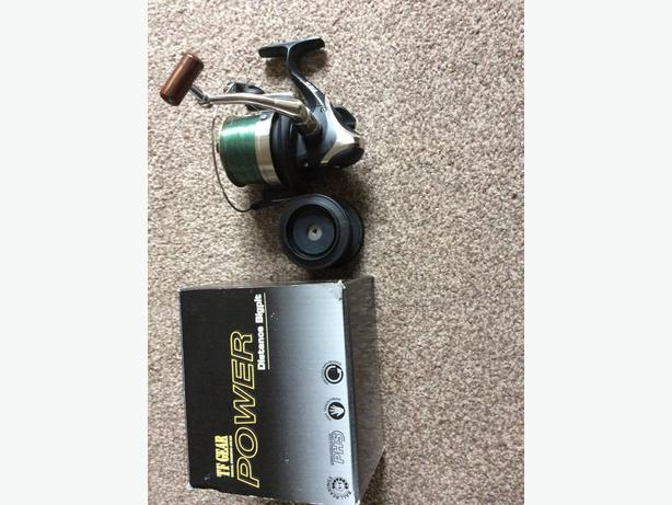 Fishing reel west bromwich dudley for Tap tap fish corgi