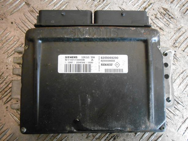 RENAULT CLIO MK2 2002 1.4 16V ENGINE ECU MODULE 8200069290