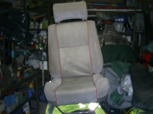 rover metro drivers front seat