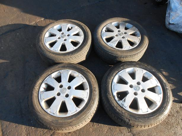 "VAUXHALL MERIVA A DESIGN ALUMINIUM ALLOY WHEELS & TIRES 15"" INCH"