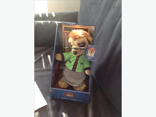 Meerkat toy Maiya