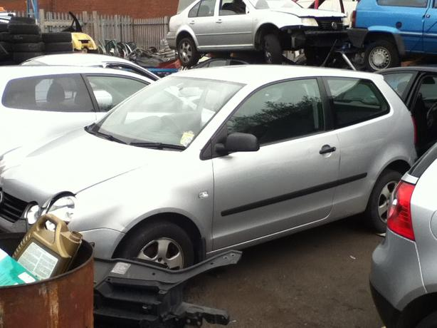 VW VOLKSWAGEN POLO 9N BREAKING FOR SPARES!!!