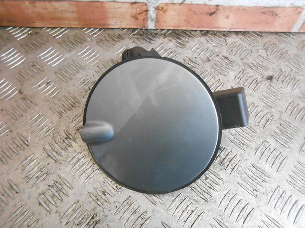 VAUXHALL CORSA D 2007 PETROL FUEL FILLER FLAP & CAP SILVER