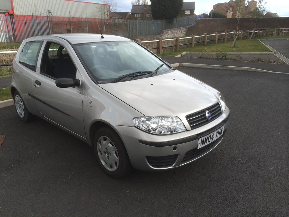 2004 fiat punto 1 2 8v active 3 dr grey full mot 69000 miles wolverhampton dudley. Black Bedroom Furniture Sets. Home Design Ideas