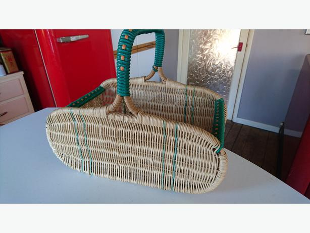 Woven Shopping Basket Uk : Vintage wicker plastic woven ping basket wedding decor