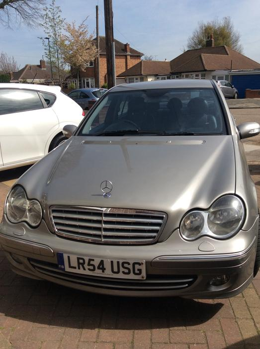 Mercedes c220 diesel automatic 54 reg mot 5 door 1900 for Mercedes benz 1900 model