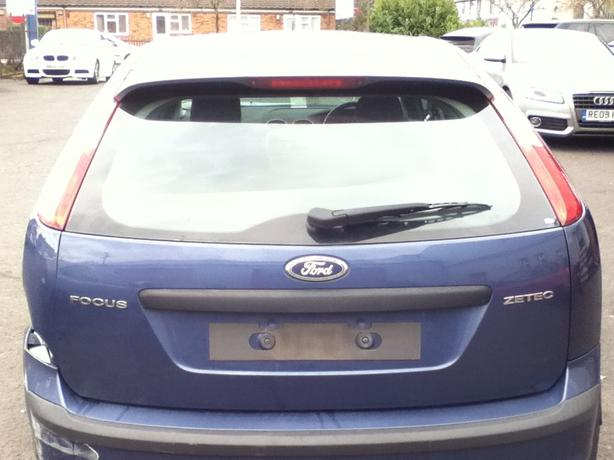 FORD FOCUS 2007 BREAKING FOR SPARES 1.8 PETROL!!