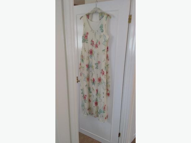 womans long dress