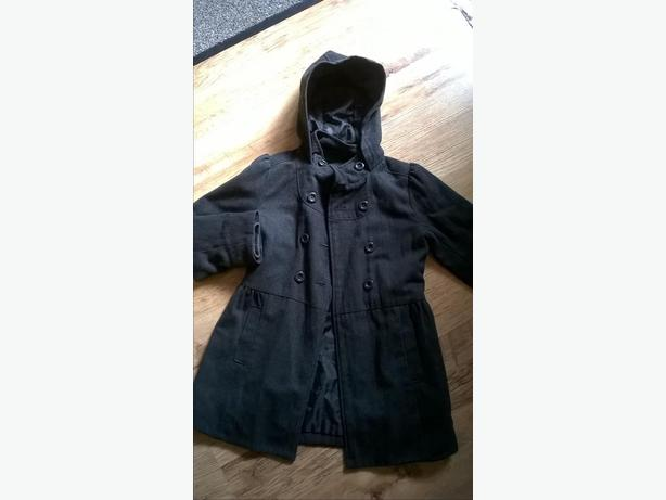 GIRLS MARKS AND SPENCERS GREY WINTER COAT - AGED 9-10 - £5.