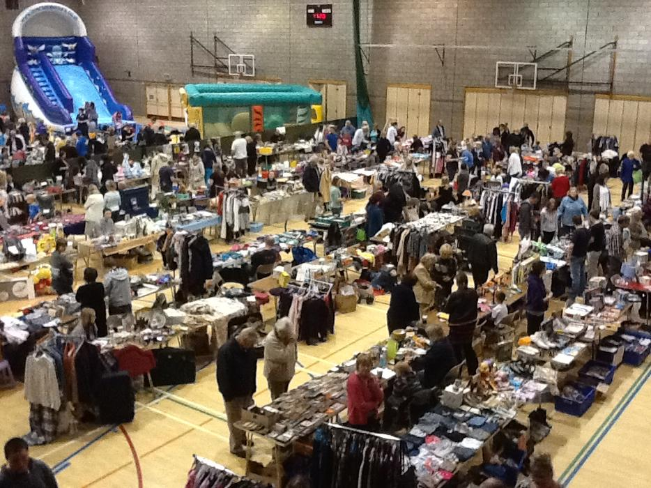 Cat And Fiddle Car Boot Sale