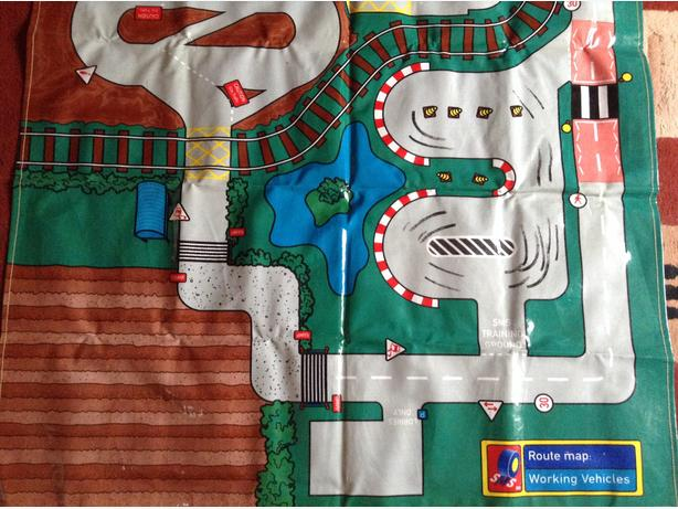 Car Mat with 12 cars included