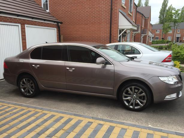 SKODA SUPERB SE TDI CR 140
