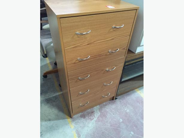 refurbished chest of drawers charity second hand used draws ref a0758 brierley hill dudley. Black Bedroom Furniture Sets. Home Design Ideas