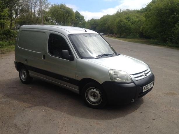 2007 citroen berlingo 1 6 diesel 600 hdi enterprise 75 halesowen sandwell. Black Bedroom Furniture Sets. Home Design Ideas