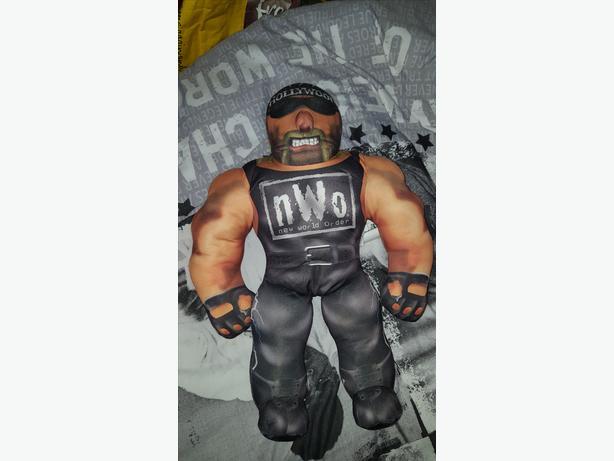 wwf hollywood hulk hogan bash em