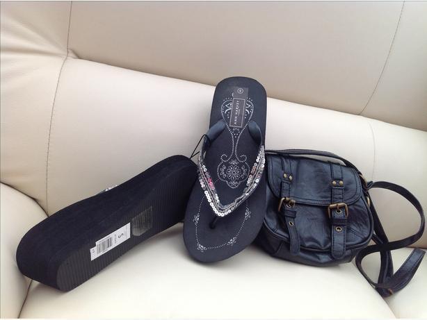 ladies size 5 brand new footwear & handbag set x 2