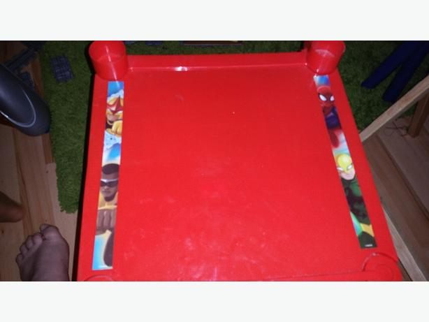 spiderman table