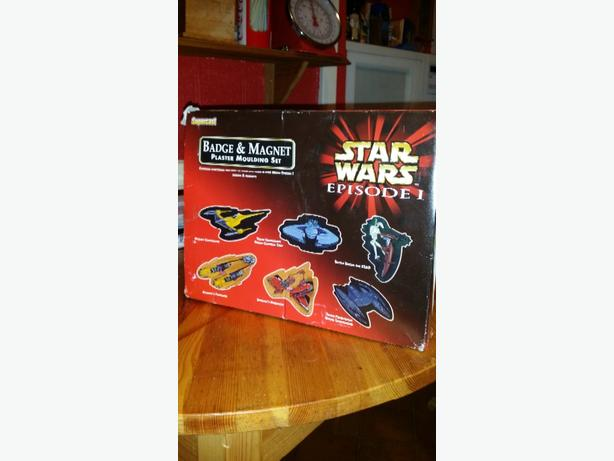 Star Wars Badge/Magnet plaster moulding set & Moulding set.