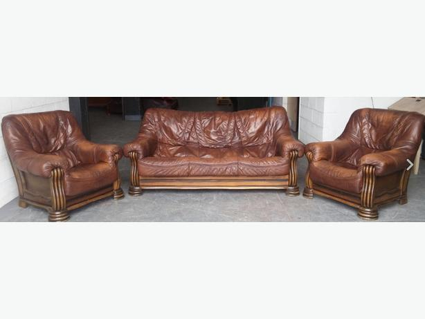 Vintage Chesterfield Style Brown Leather Sofa SetWE  : 105609523614 from www.usedbirmingham.co.uk size 614 x 461 jpeg 24kB