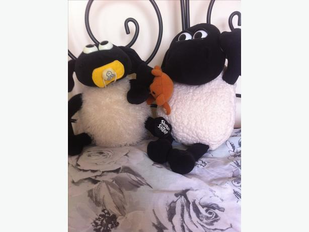 2 X Interacting Shaun the sheep teddys