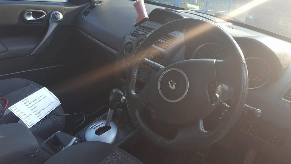 Renault megane dynamique vvt d auto bhp automatic