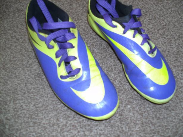 Football Boots - Nike