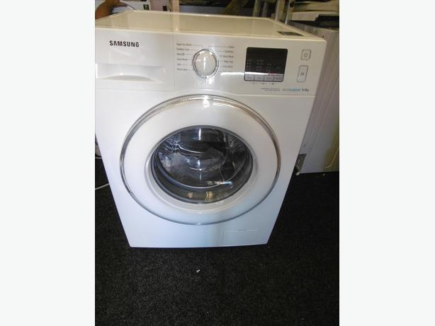 Top Range SAMSUNG ecobubble WF80F5E2W4W Washing Machine - White