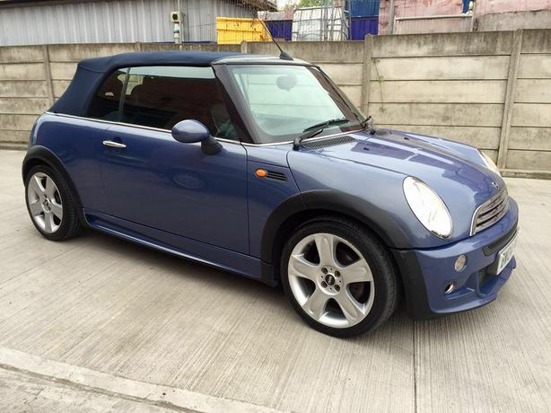 mini cooper convertible 2 door 2004 04 willenhall wolverhampton. Black Bedroom Furniture Sets. Home Design Ideas